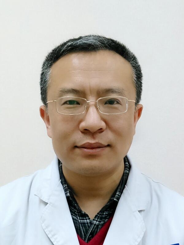 中国康复研究中心北京博爱医院听力语言科主任、副主任医师张庆苏照片