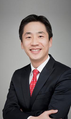 韩国跨境电商研究所所长안영신照片