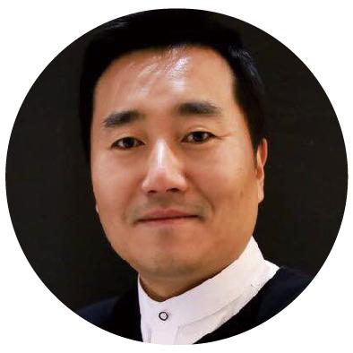 泉峰副总裁王岩照片