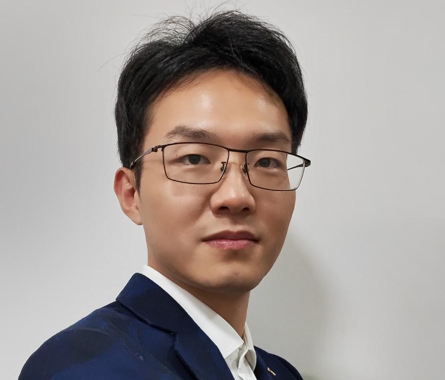 重庆华邦制药有限公司信息化办公室主任王作旭照片